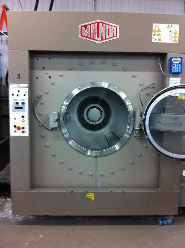 Used Milnor Washer Extractor ~ Washer extractors